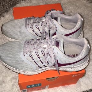 womens nike fitsole run swift bq3133 002 sz 9 W 2E